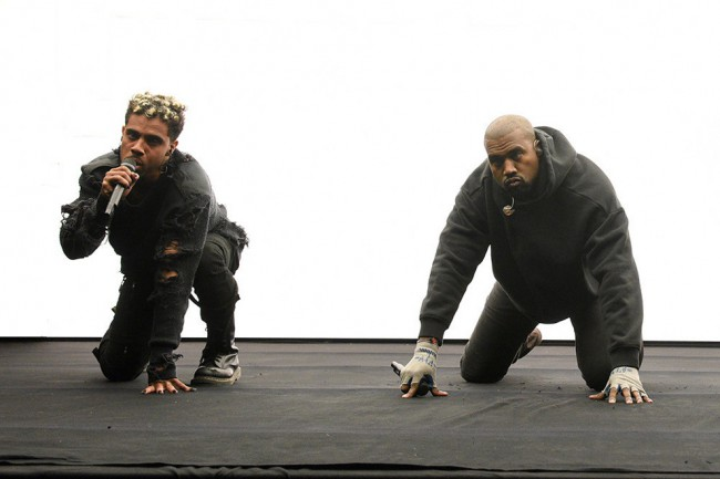 kanye-west-and-vic-mensa-perform-at-chance-the-rappers-open-mike-event1