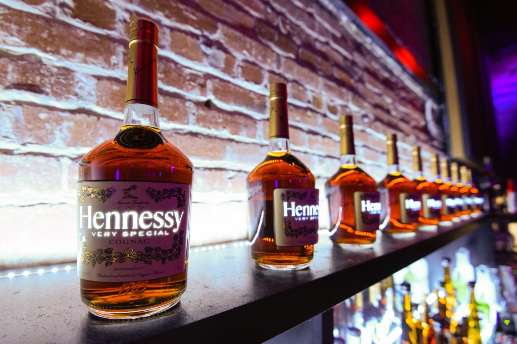 SAN FRANCISCO, CA - FEBRUARY 05: General atmosphere is displayed at the Marquee Takeover at Verso - Big Game Weekend presented by Hennessy V.S - Day 2 on February 5, 2016 in San Francisco, California. (Photo by Noel Vasquez/Getty Images for MHUSA)