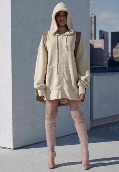 yeezy-season-4-lookbook-17-396x575
